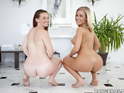 Gorgeous culo, Nicole Aniston and Poison Ivy. The one and the other..