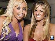 Those 2 sexy blondes are resourceless short be incumbent on..