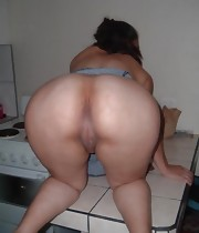 Featuring curvy figured ladies and great huge booties