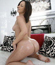 Sexy Jada Stevens has natural tits, a taut pussy and an onion chunky booty thats absolutely ideal